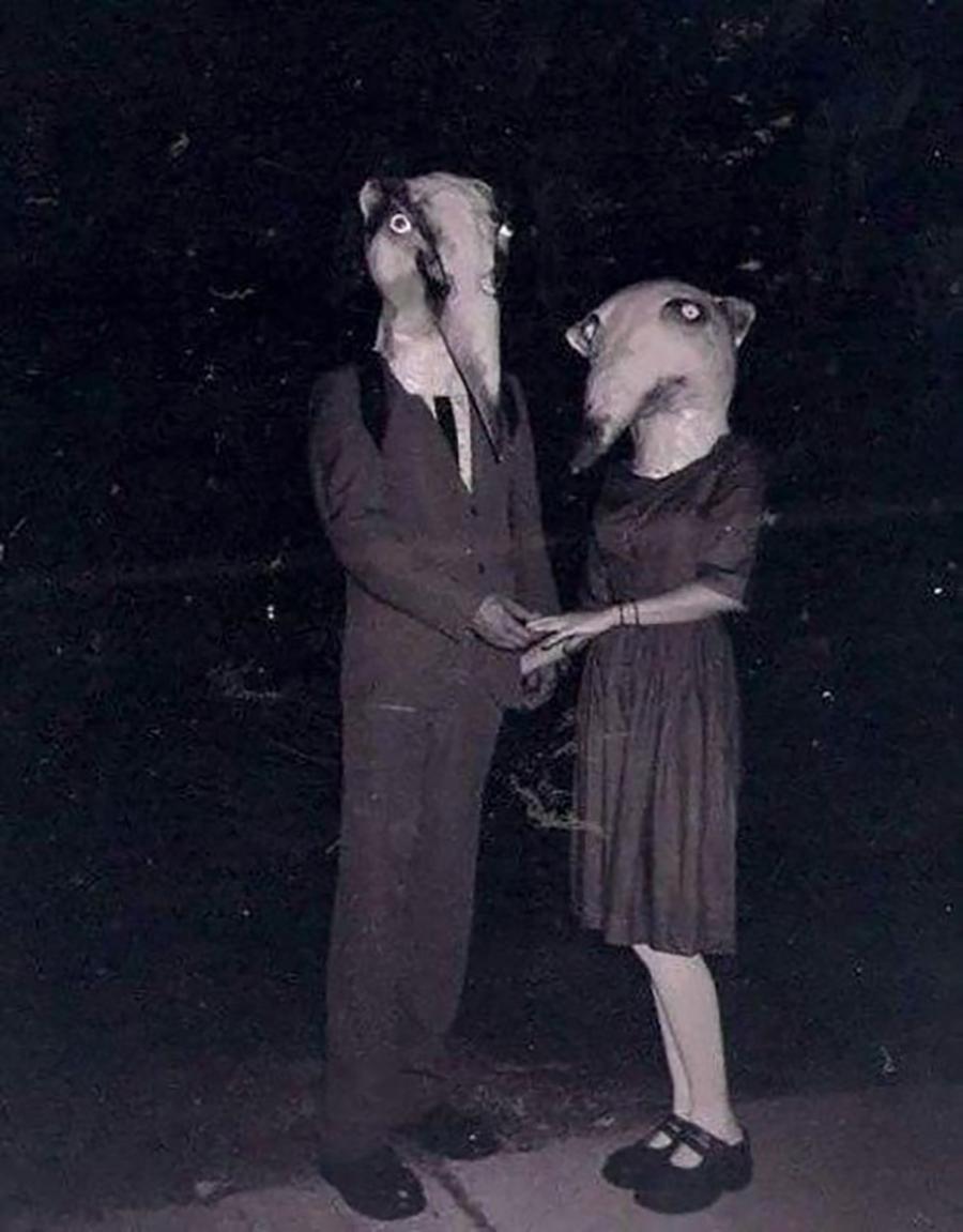 Casal Feliz Hallowen