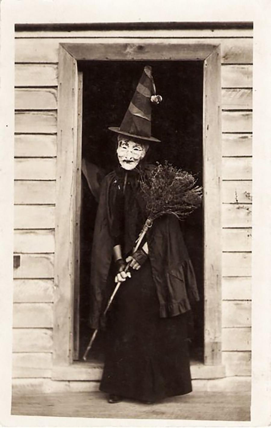 Hallowen - Fantasia de Bruxa