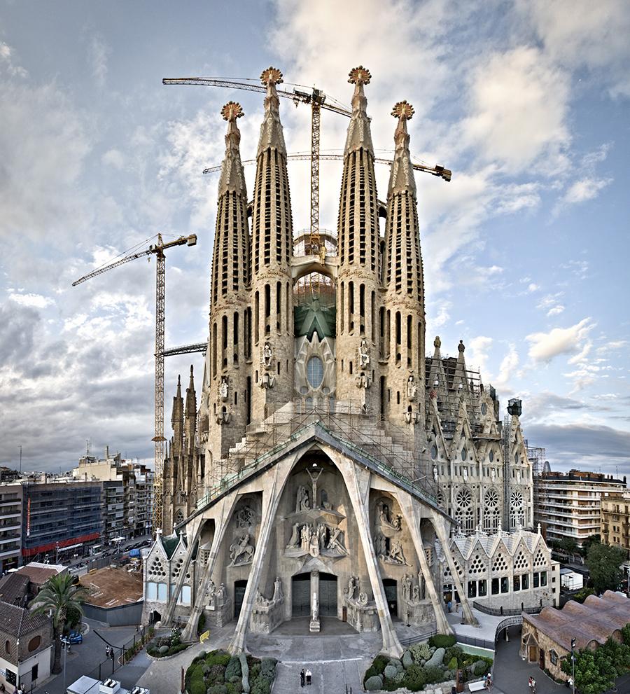Sagrada Familia de Gaudhi - Barcelona