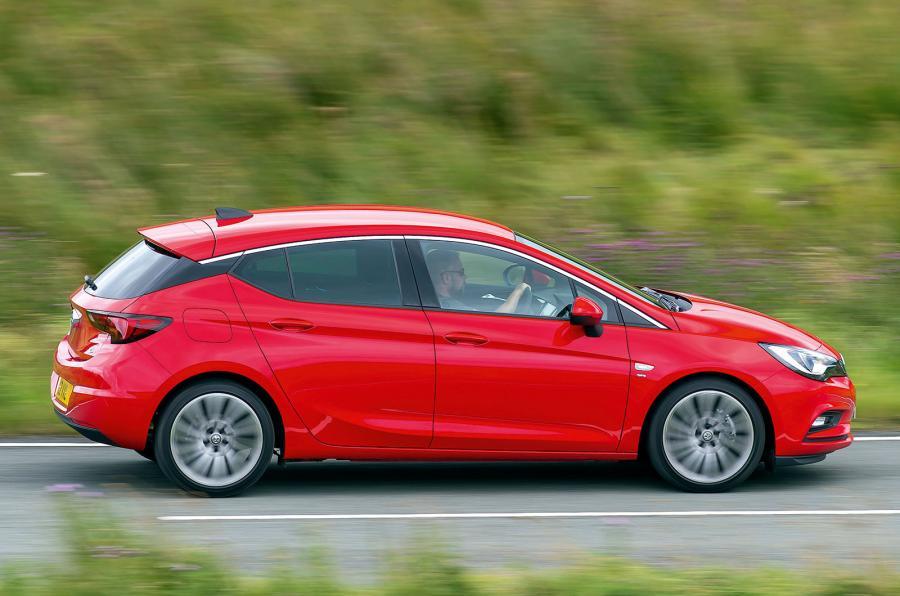 Opel Astra SRi NAV