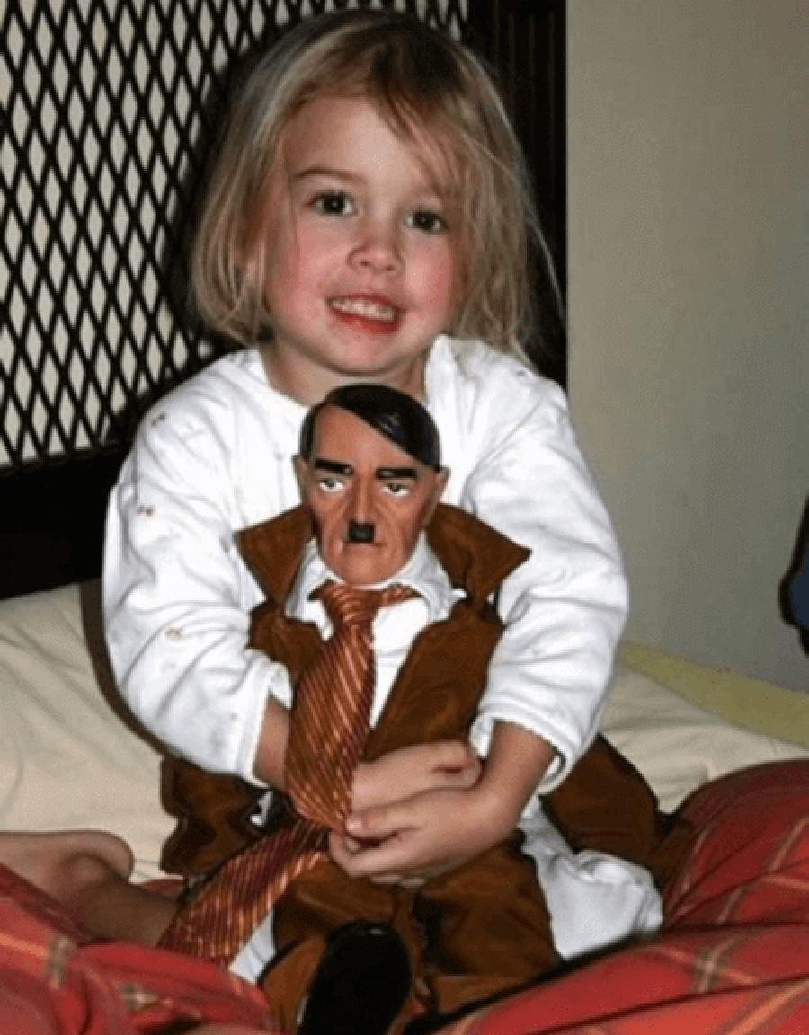 boneco-de-hitler
