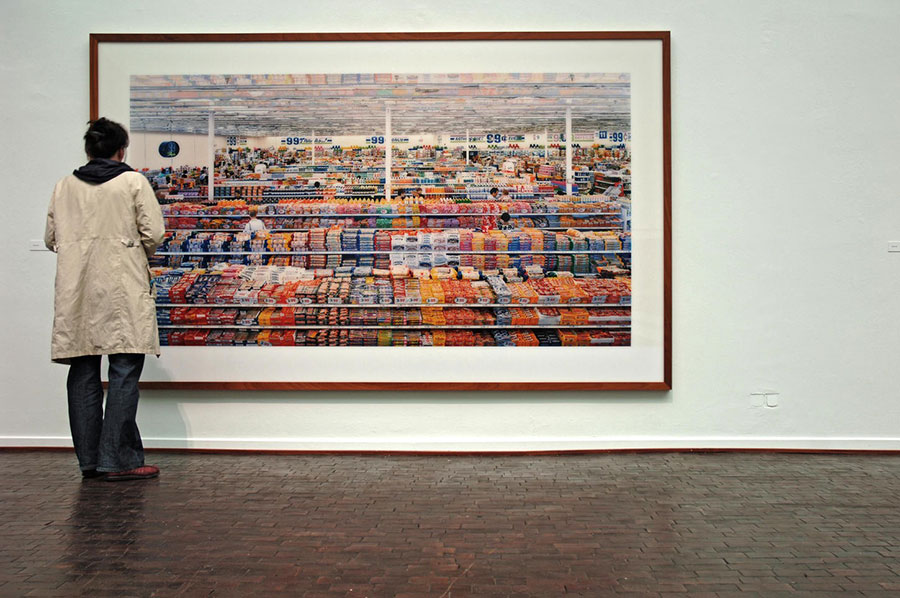 Andreas Gursky - 99 Cent II Diptychon © (2001)