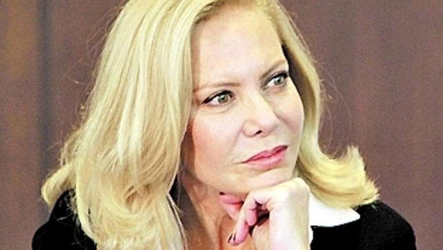 Cecília Roth